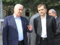 ვლადისლავ სურკოვის სამუშაო ვიზიტი ცხინვალში (2014 წლის 23 ივნისი), შეხვედრა ლეონიდ თიბილოვთან